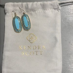 Kendra Scott Elle earring with gold cage